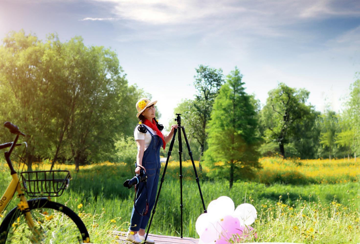 美女摄影师的春天